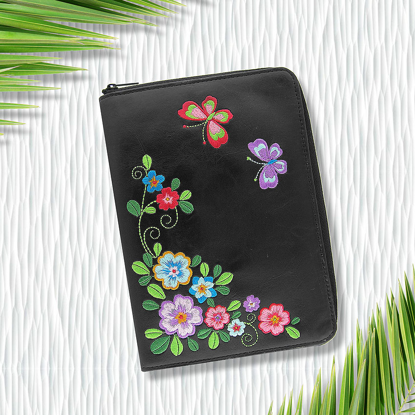 LAVISHY design & wholesale vegan embroidered jewelry pouches to gift shops, clothing & fashion accessories boutiques, book stores and speciality retailers in Canada, USA and worldwide.
